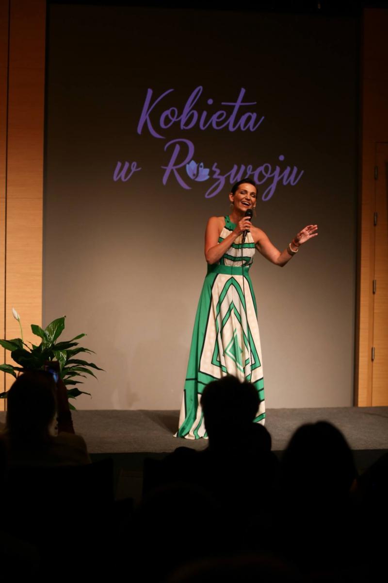 Konferencja-Kobieta-w-rozwoju-Mariola_Szustak_01